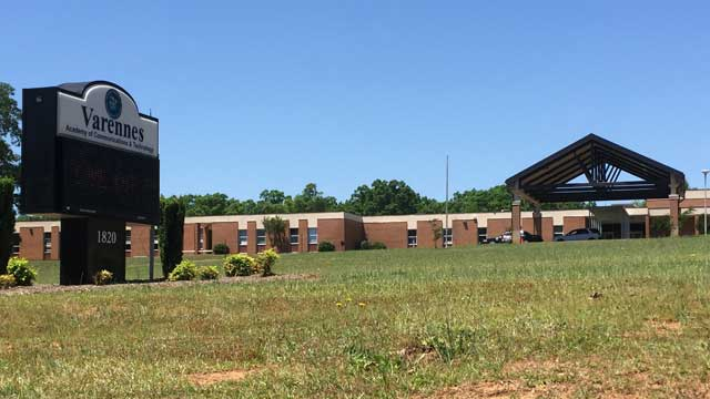 Elementary Student Takes Security Guard's Gun in Anderson Co. (Image 1)_15064