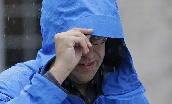 jared-raincoat_24527