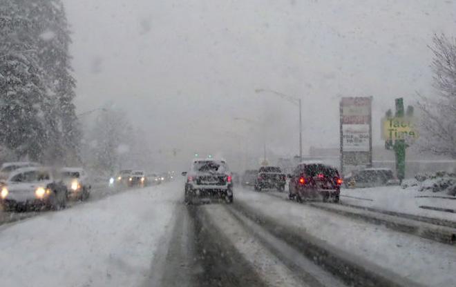 driving snow_123027
