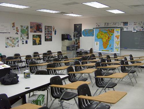 Bhs_int_classroom_ss_144037