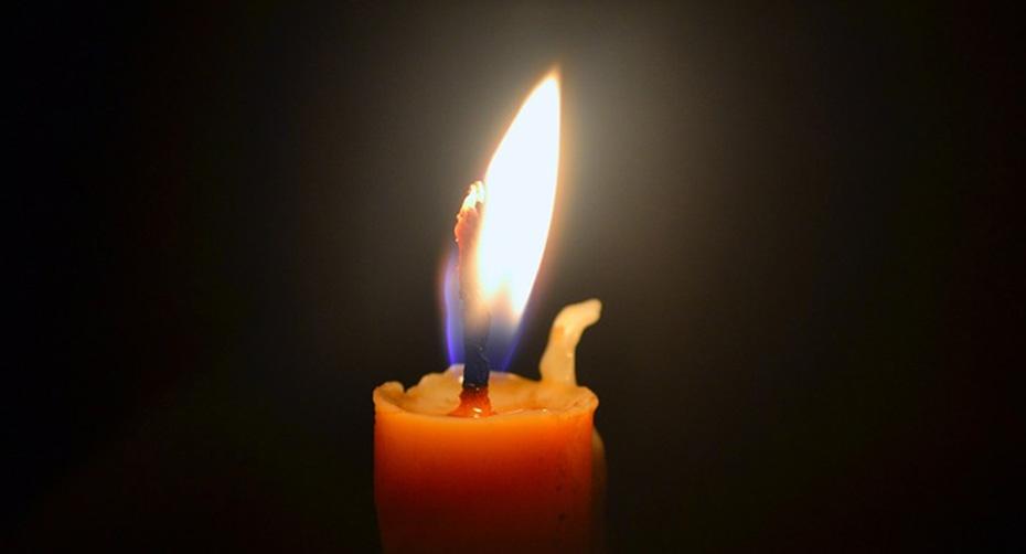 candle vigil cadlelight memorial generic_153884