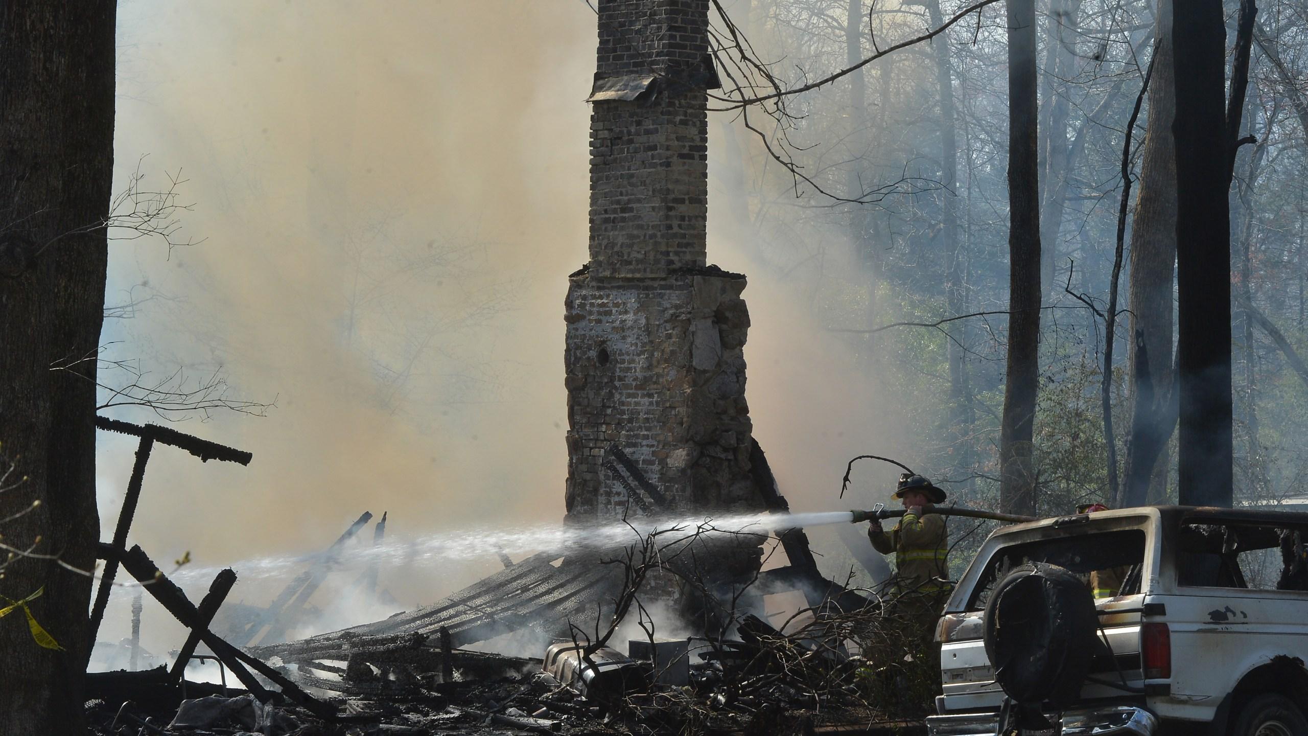 house fire_160622