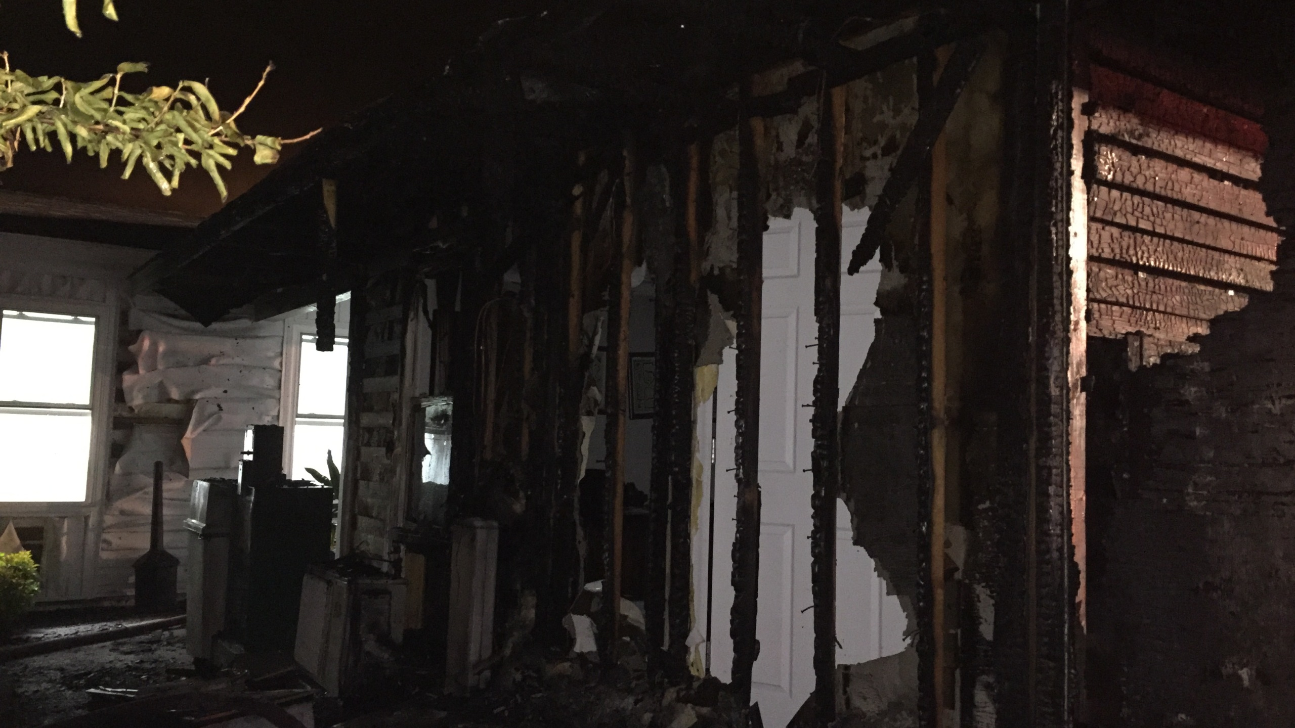 Apartment fire_184599