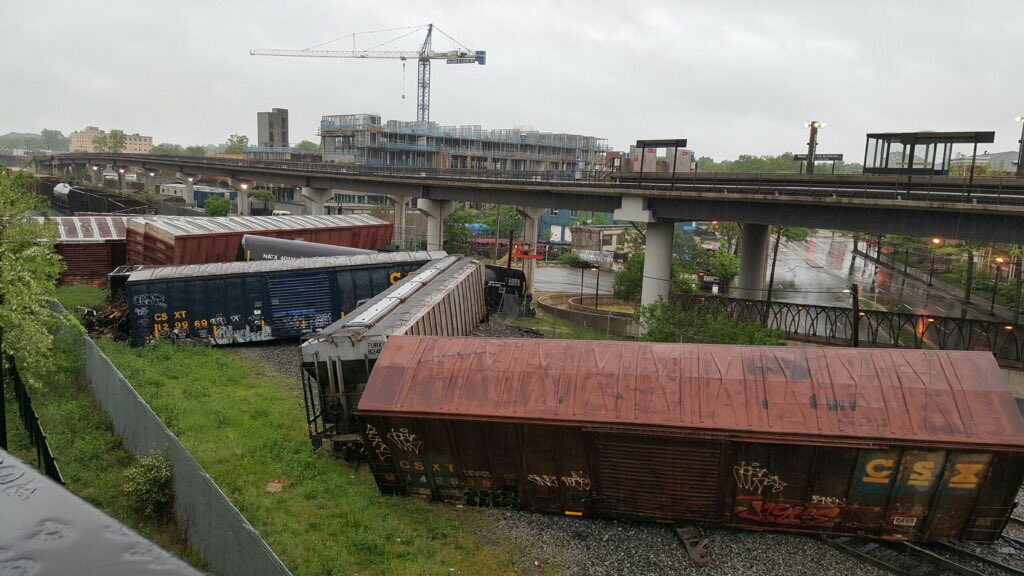 DC train derailment_178005