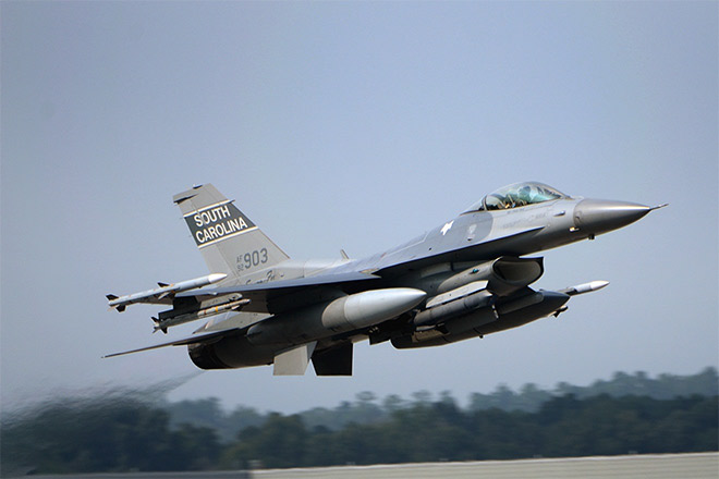 SC air national guard f-16 fighter jet_99619