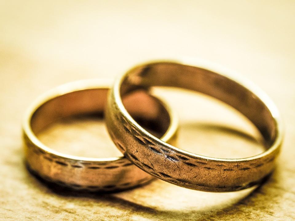 wedding-rings-949106_960_720_111891