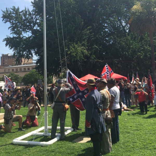 Confederate Flag Rally_213713