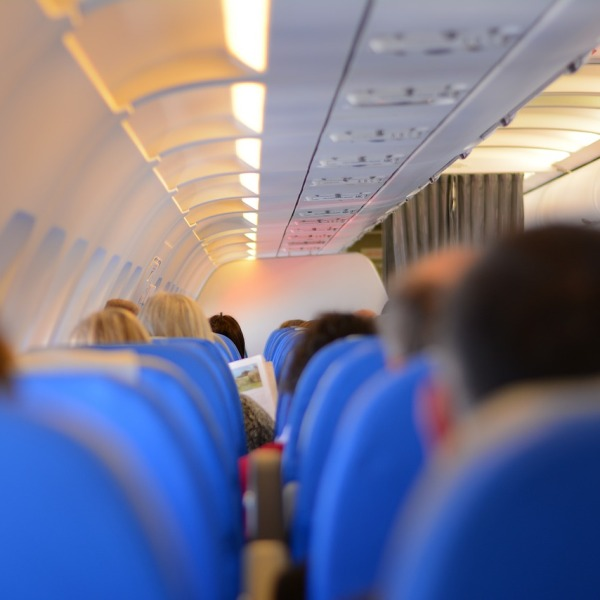 plane passengers generic_211276
