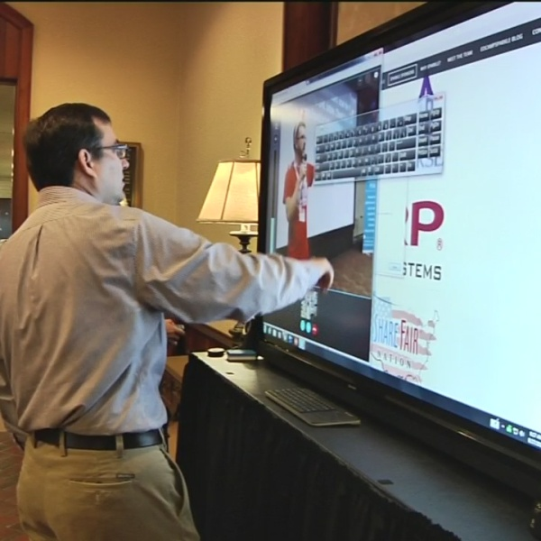 Upstate teachers learn to use new technology in classrooms