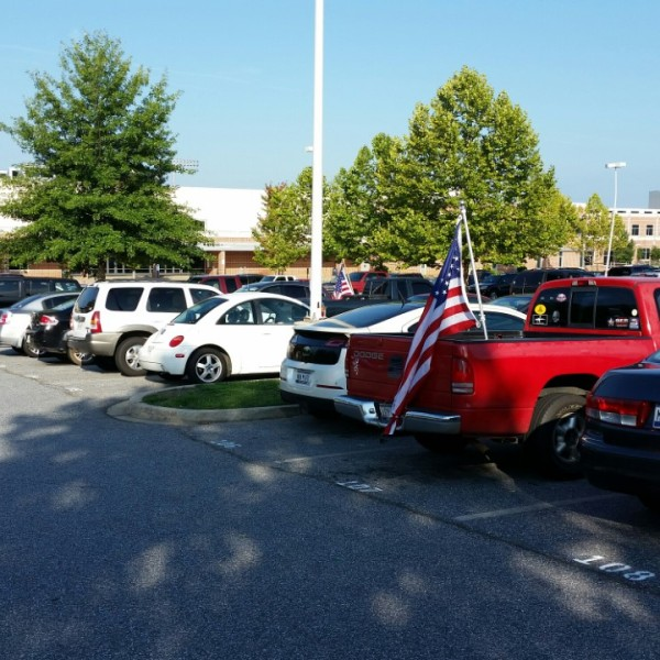 TRHS parking lot flags (8_29_2016)_238077