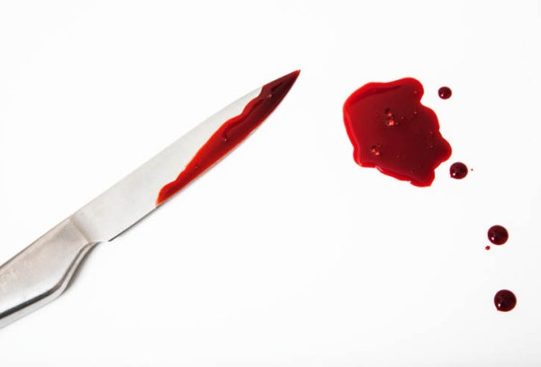 blood-and-knife_279307