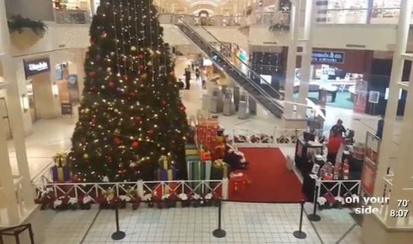 mall-santa_274385