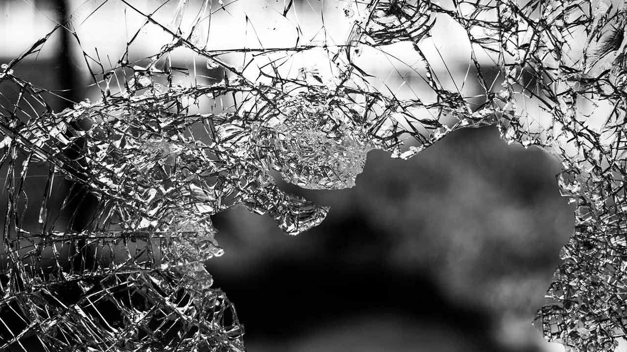 broken glass accident wreck crash generic 1