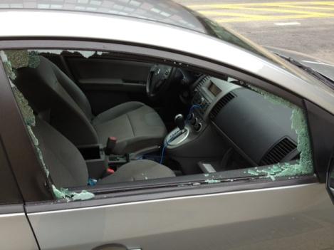 car-break-in-2_293022