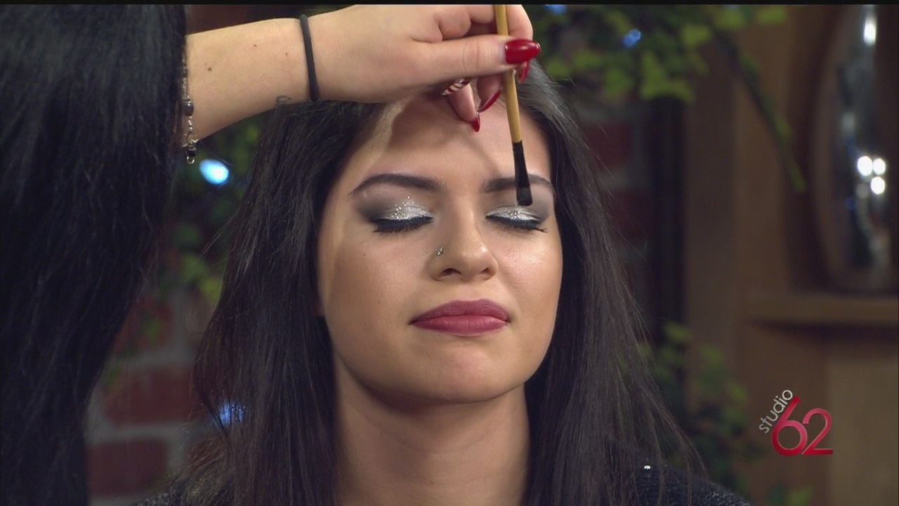 nye-makeup3_38245