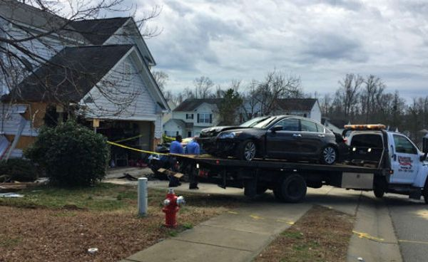 car-into-house-raleigh-4_306171