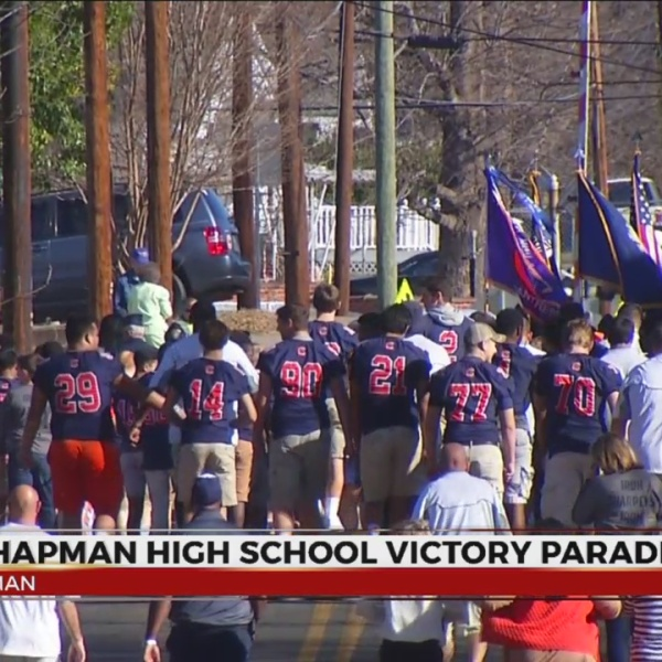 chapman panthers-parade_305082