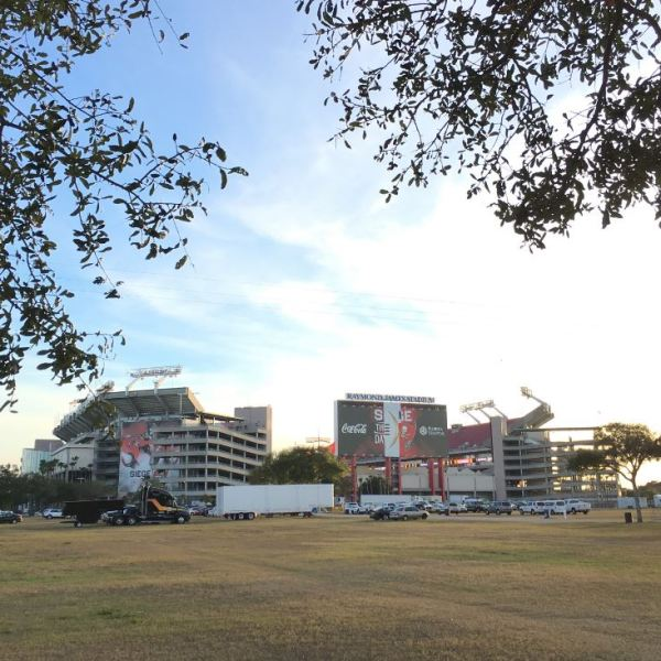 raymond-james-stadium_300779