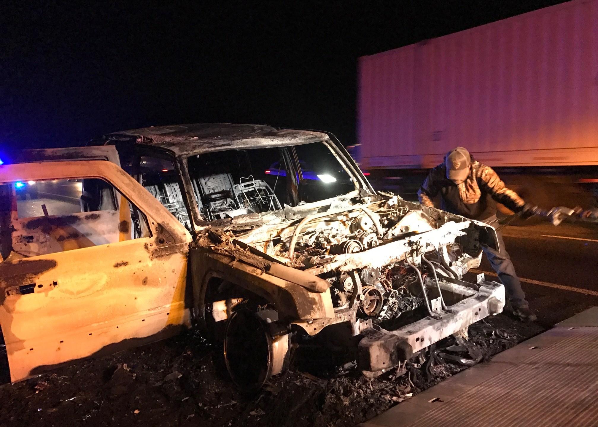 car-fire_332435