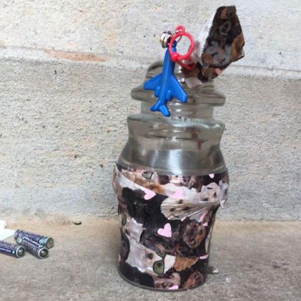 suspicious-candle-web_332144
