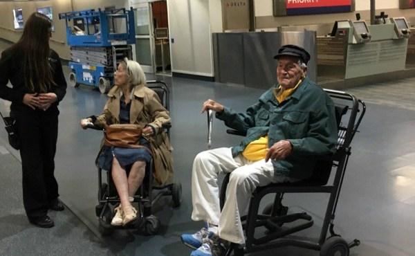 elderly-couple-032517_352329