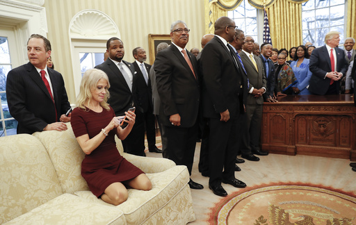 Donald Trump, Reince Preibus, Kellyanne Conway_339122