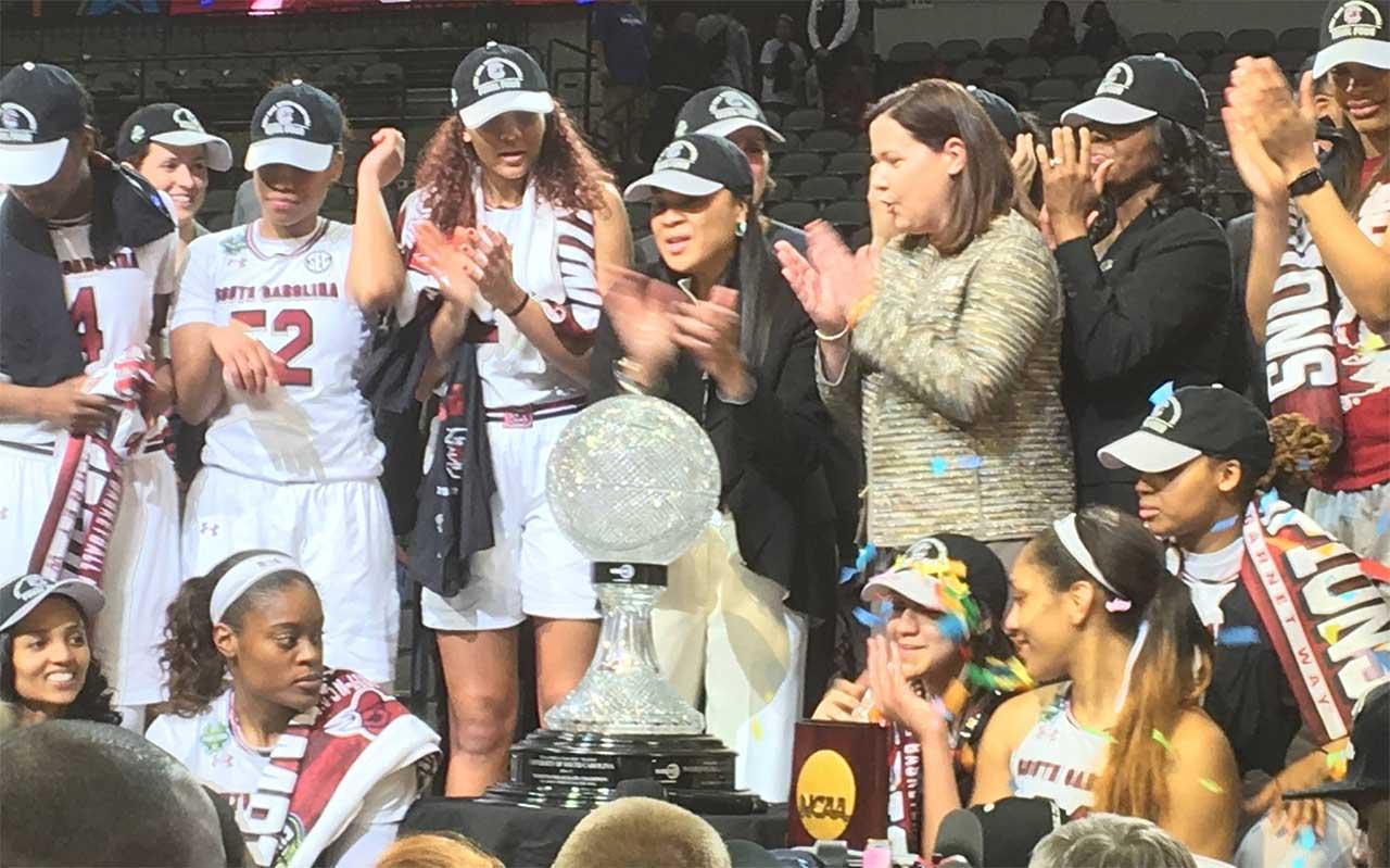 Gamecocks women's team_357421