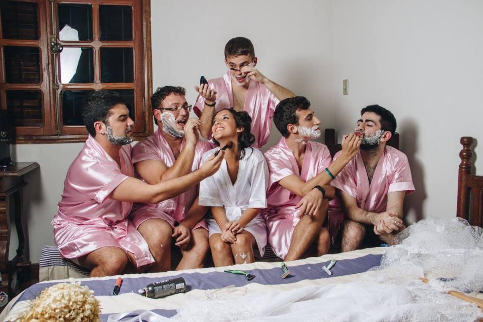 bridesmaid-bros-5_387943