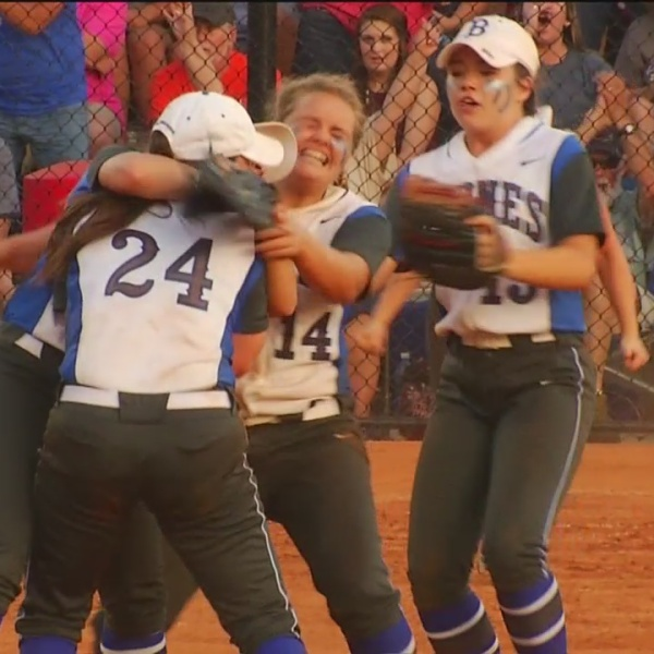byrnes softball_386006
