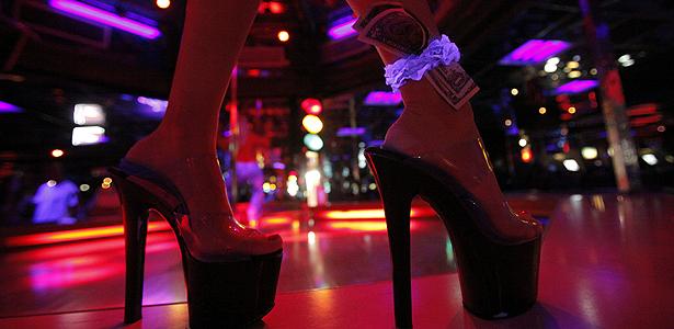 exotic-dancer_385761