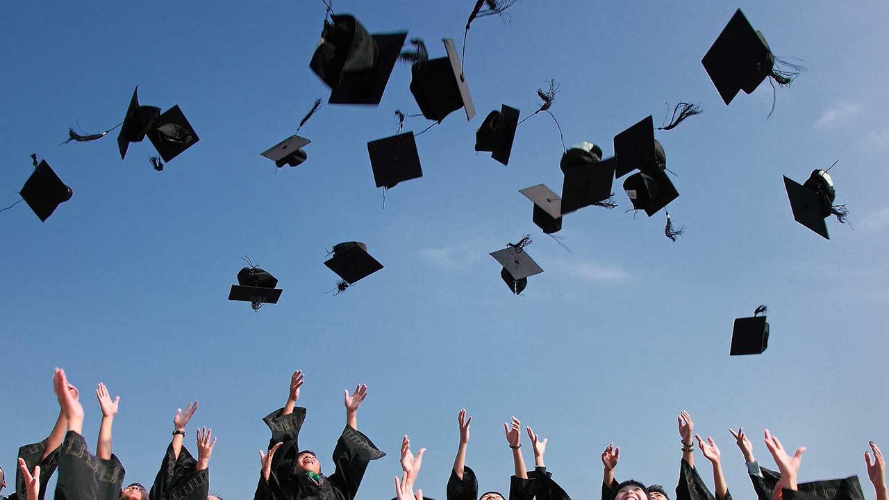 graduation generic_380659