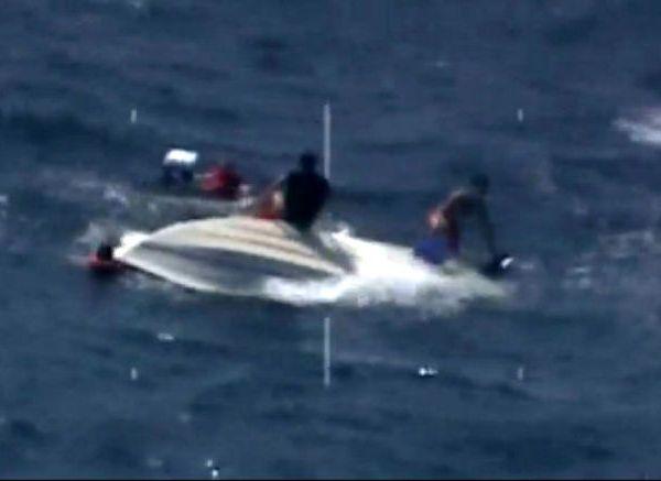 capsized-444f_422994