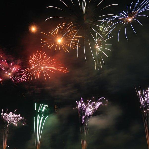 fireworks-generic_411377