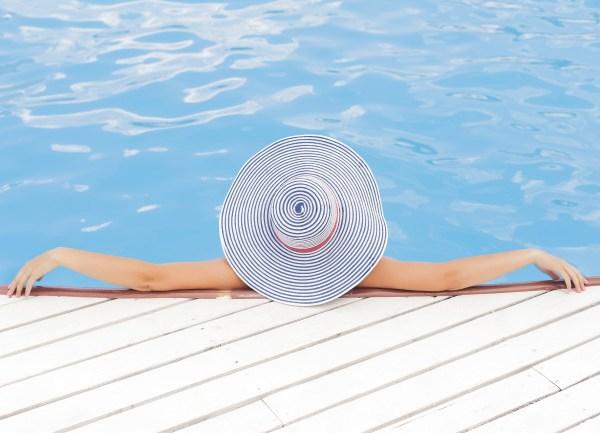 pool-1_422676