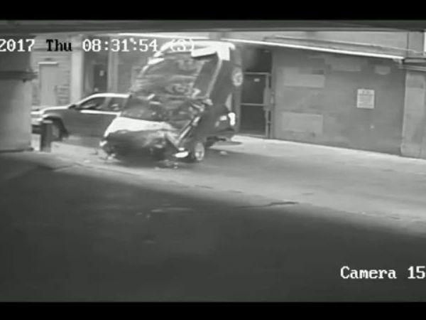 car-crashing-down_434944