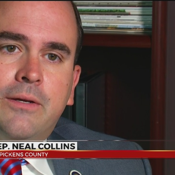 Lawmaker uses Facebook to raise education awareness