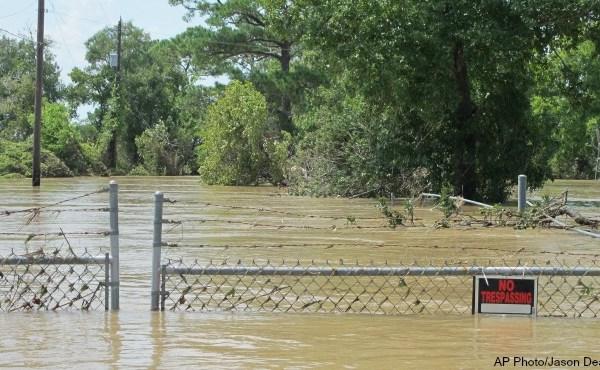 hazardous-waste-sites-hurricane-harvey-09_448024