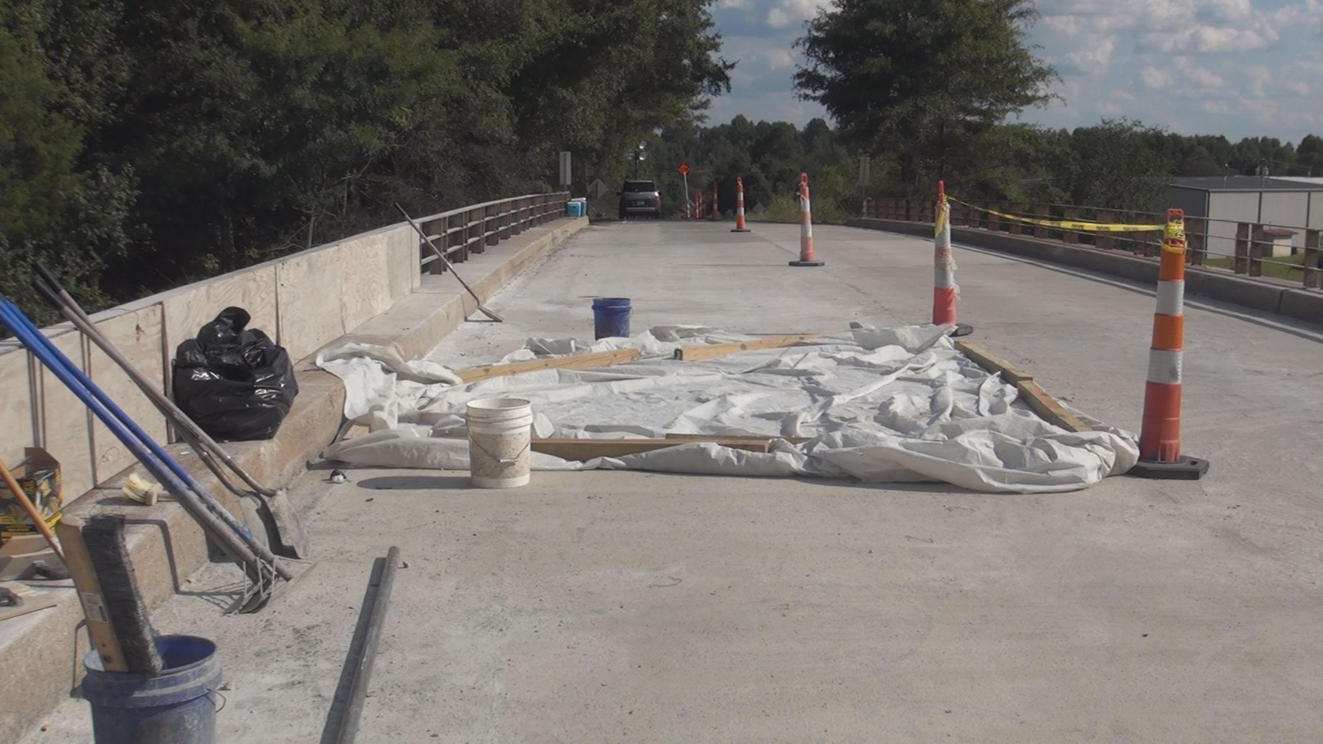BROKEN BRIDGES PIC2_467128