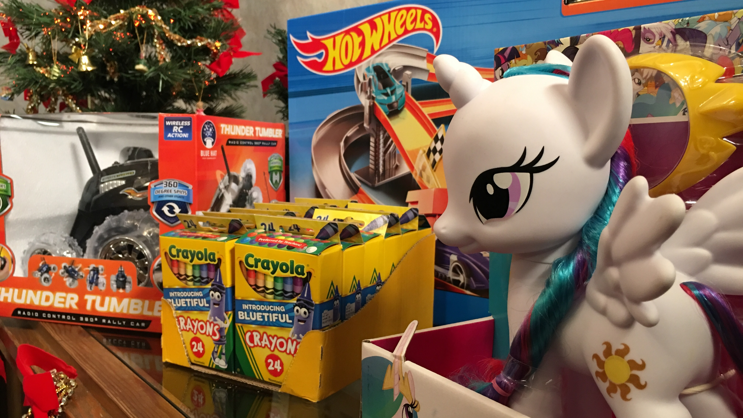 Cowpens toy donations 1_499237