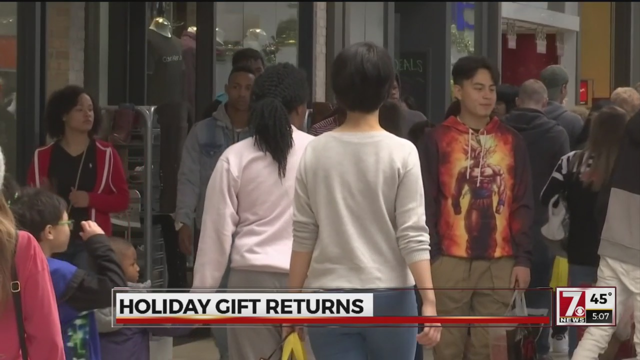 Mall managers optimistic after Christmas purchases will surpass Christmas returns