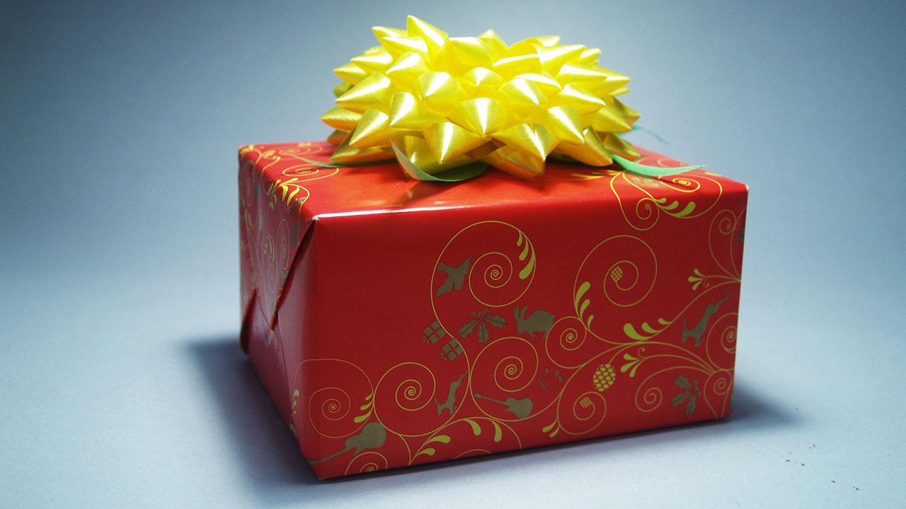 christmas-gift-generic_271833