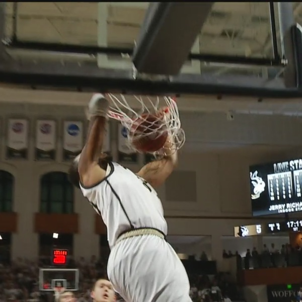 Wofford Hands Furman Its First SoCon Loss, 79-70