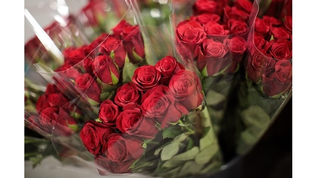 Valentine's Flowers At New Covent Garden Market_545169