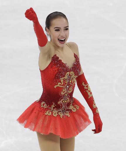 APTOPIX Pyeongchang Olympics Figure Skating Women_552213