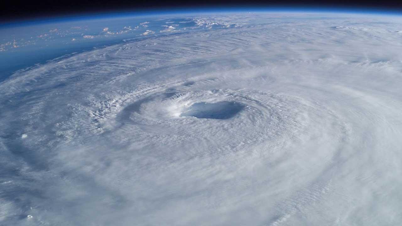 hurricane-generic_1522250459555.jpg