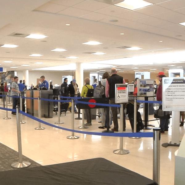 GSP airport security line FILE generic_531401