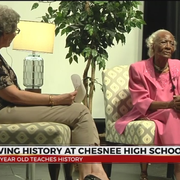 101 Yr Old Teaches History Lesson at Chesnee High School