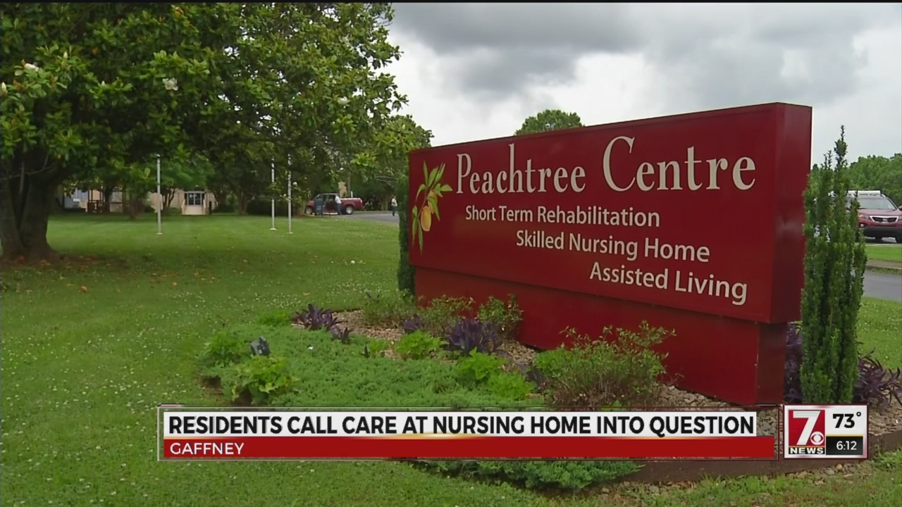 Residents_call_care_at_nursing_home_into_0_20180525222545