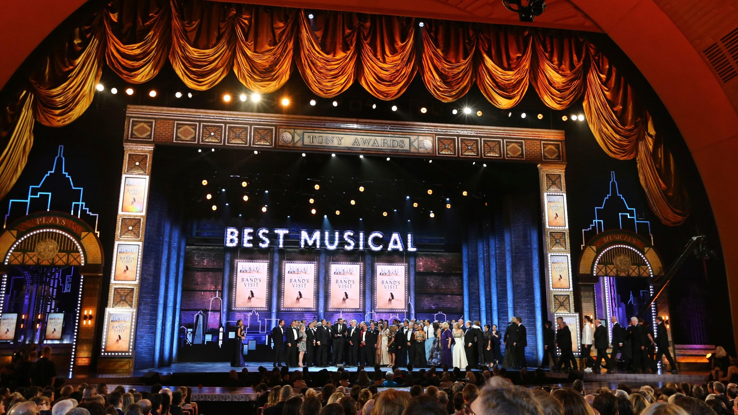 APTOPIX The 72nd Annual Tony Awards - Show_1528689993128