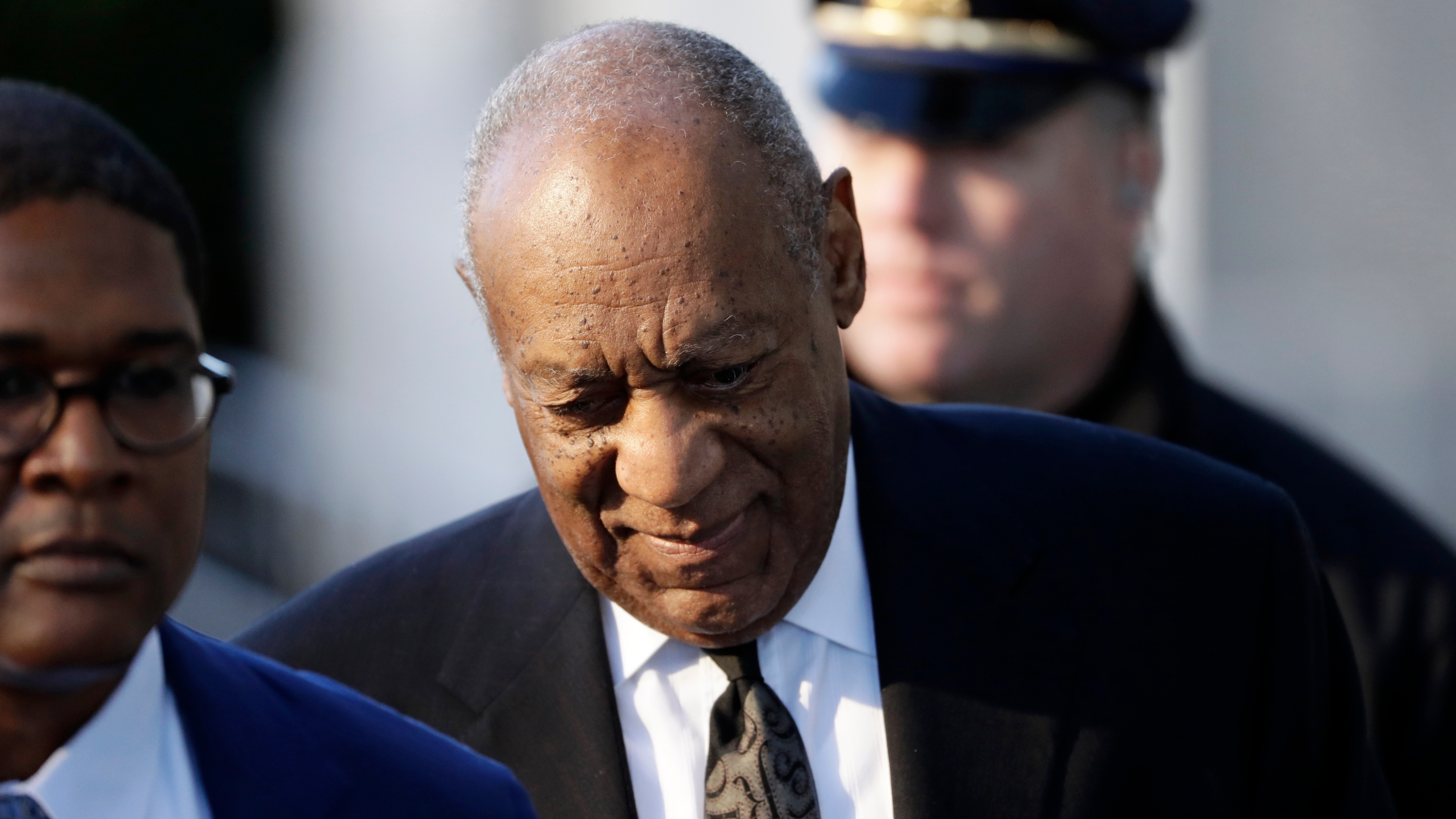 USC votes to rescind Bill Cosby's 1986 honorary degree